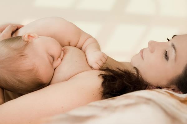 Consulta 1: Pinchazos en el pecho al amamantar