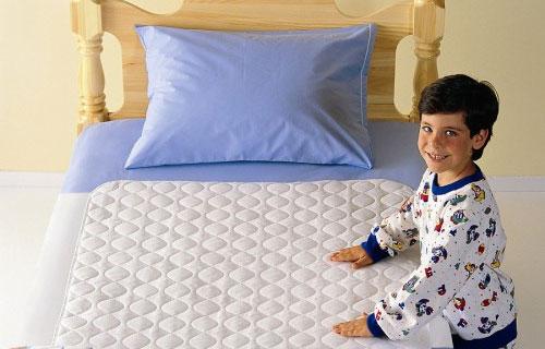 ¿Por qué se orinan los niños en la cama? (Parte I)