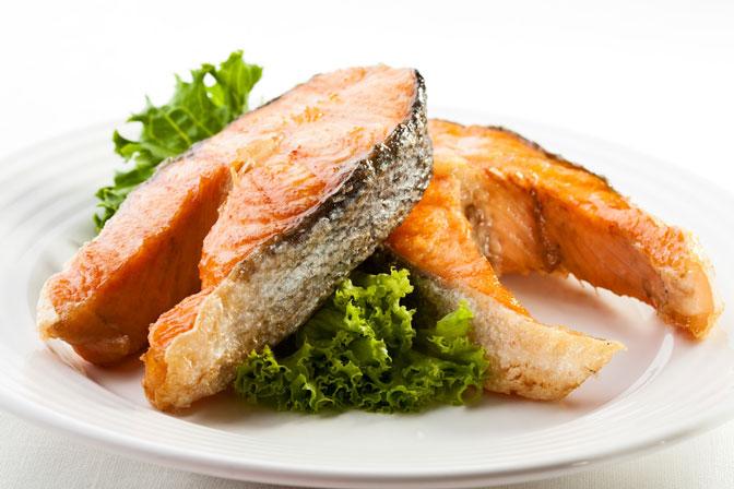 ¿Embarazadas y niños pueden comer pescado?