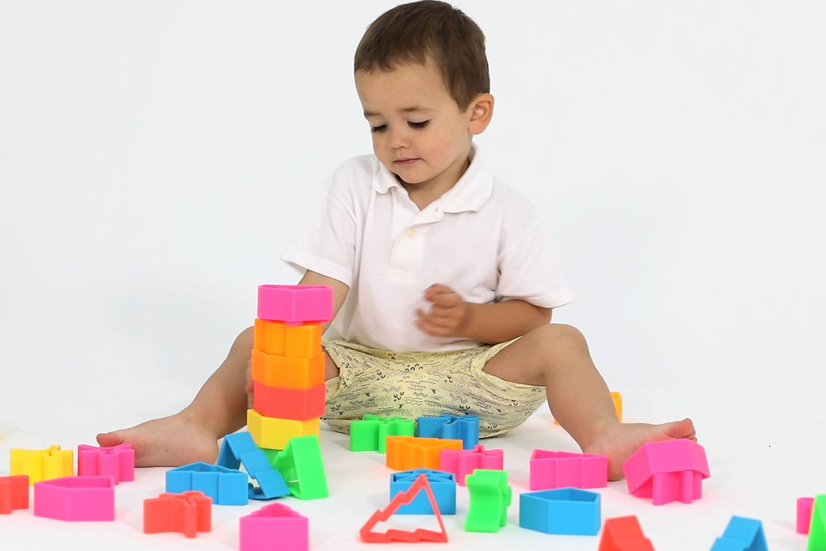 dena toys